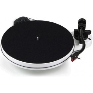 Pro-Ject RPM 1 Carbon (Ortofon 2M Red)